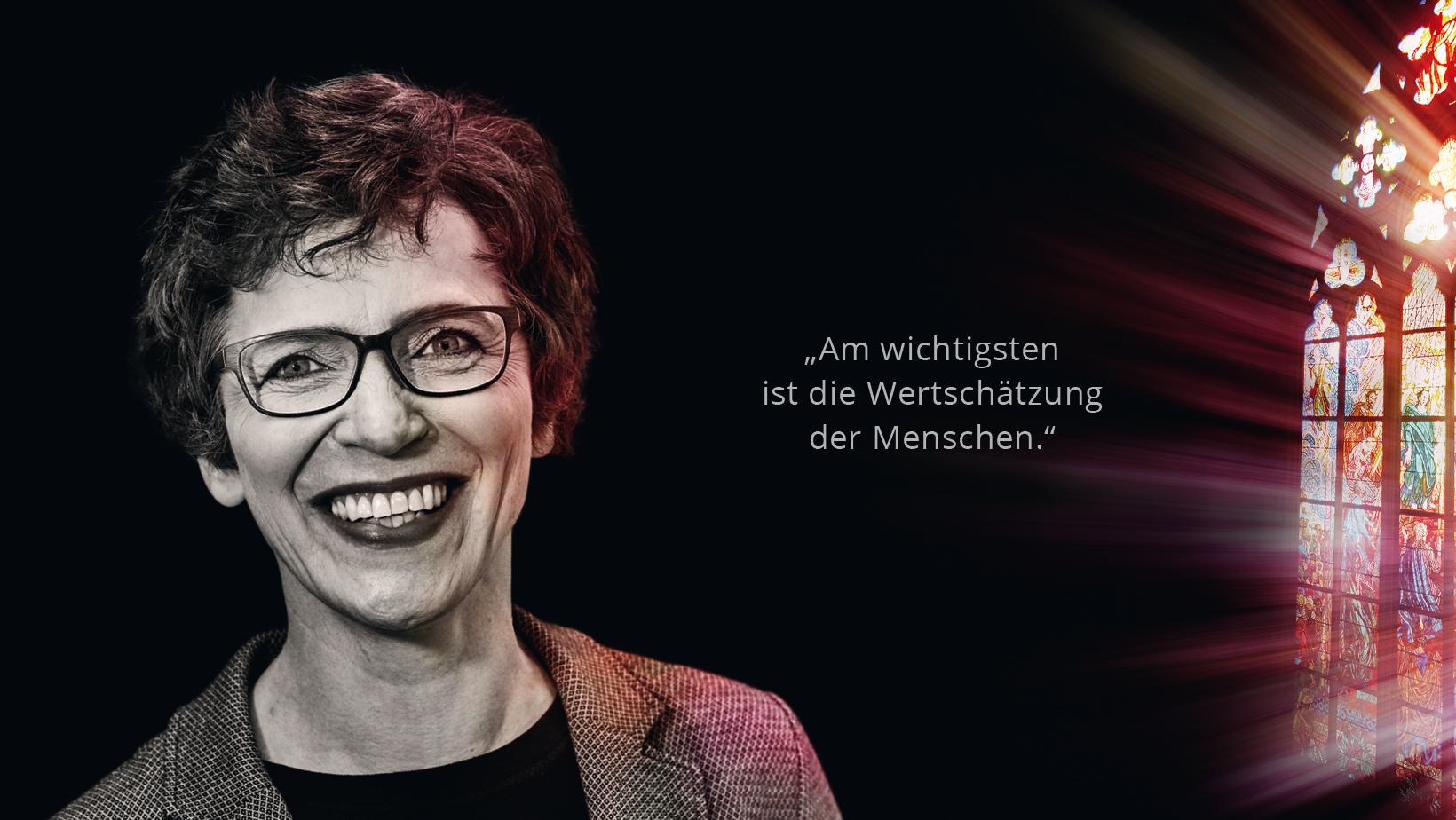 Pfarrsekretärin Andrea Webers